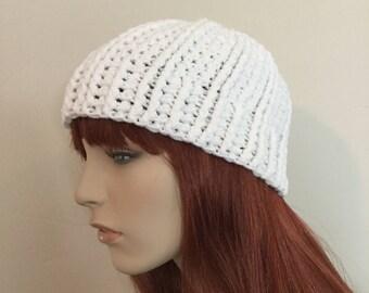 White Crochet Ribbed Beanie -- (READY TO SHIP!)