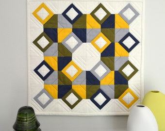 Geometric Wall Hanging, Modern Wall Hanging, Mini Quilt, Modern Mini Quilt, Geometric Quilt