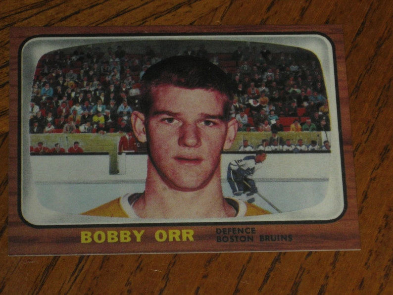 196667 O Pee Chee Bobby Orr Rookie Authentic Looking Card