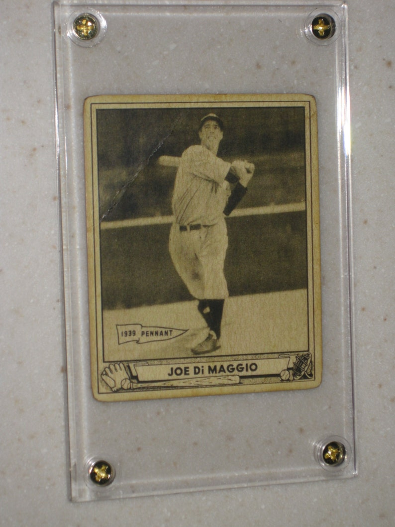 1940 Play Ball Joe Dimaggio Rookie 1 Awesome Vg Card Only 1 Available In A Screwdown Case