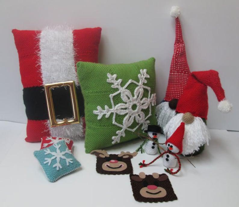 Christmas Pin Loom Pattern Set image 0