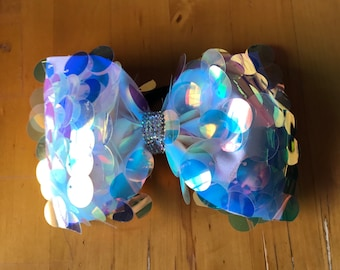Iridescent Mermaid Tailless Bow