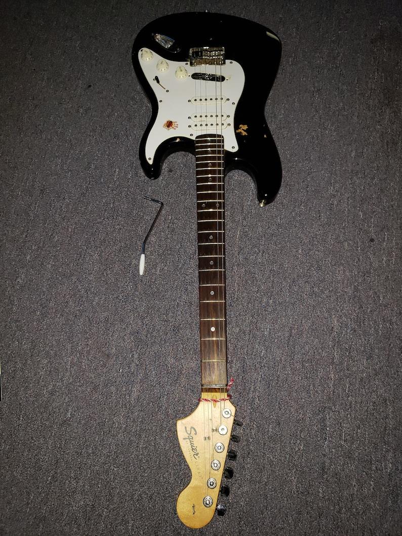 Fender Squier Affinity Guitar S/N CY01013430