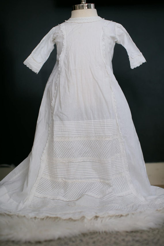 BAPTISM GOWN - 1800S. English Victorian Gown - Cot