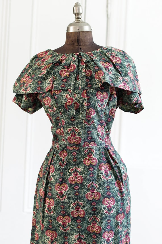 Beautiful 1950s 1960s Green and White Linen Dress Floral Print Marc-el Fashions of Miami 50s 60s
