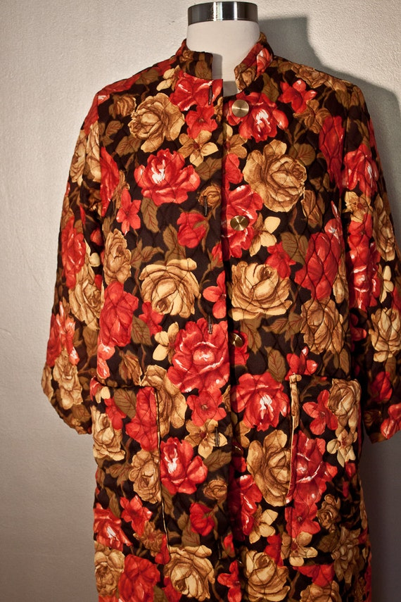 1960s Vintage Quilted House Coat Robe