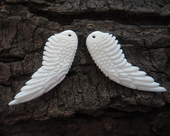 Double sided Excellent   Hand Carved Buffalo horn Earrings, Jewelry making Supplies S3849 Angel Wing