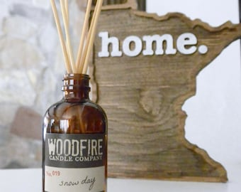 SNOW DAY Amber Reed Diffuser Set - 4oz - Gift - Home Fragrance- Woodfire Candle