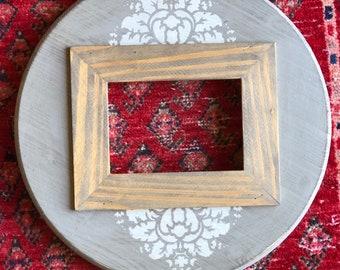 Handmade 5x7 Round Picture Frame