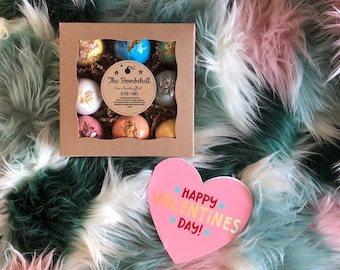 The Bombshell: 9 bath bombs with Valentine card
