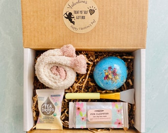 Valentines Day Treat Yo'self Gift Set: Valentine Self Care Gift, Valentine Gift for Mom, Valentine for Wife, Valentine for Girlfriend