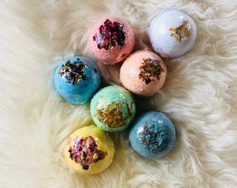 XL BATH BOMBS Buy 4 Get 1 free, price includes free shipping!