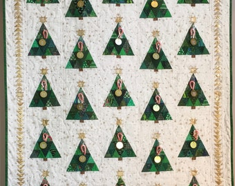 Quilt Pattern -- Paper Pattern for Countdown to Christmas quilt; Christmas tree; holiday quilt; advent calendar