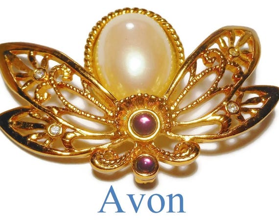 "Avon bee brooch, ""Nature's Flight"" pin, large honey bee pearl jelly belly, clear and amethyst rhinestones, 1992 filigree wings"