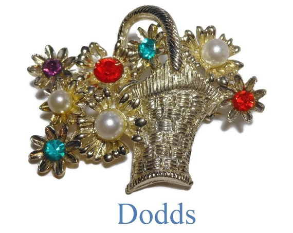 Dodds flower basket brooch pin, light gold hatched basket with handle and spray of rhinestone and faux pearl flowers, gold plated floral pin