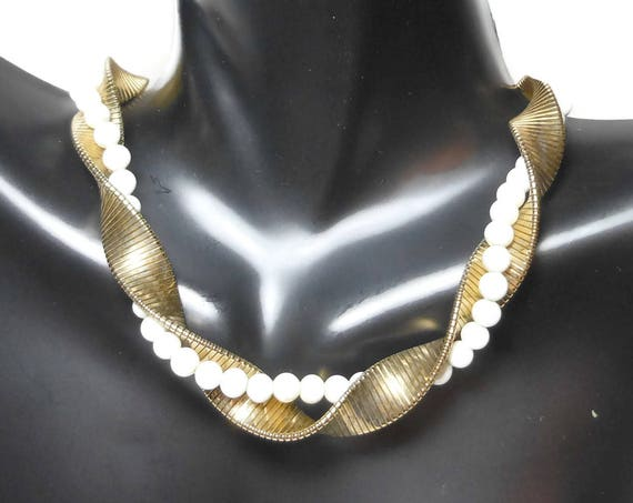 Goldette faux pearl choker, pearls entwined with gold plated omega chain small glass pearls 50's bride bridal wedding necklace
