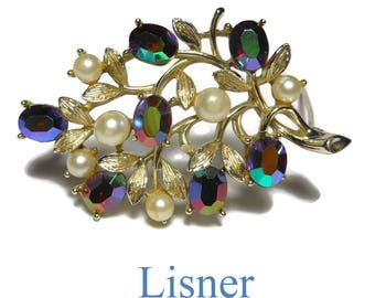 Lisner floral brooch pin, light gold branch, leaves and buds, red aurora borealis rhinestone buds, creamy white faux pearls, gold plated