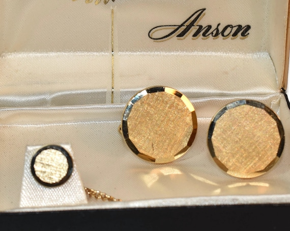 Anson cuff links and tie tack tac, gold cross-hatch textured round cufflinks, and tie tack in original box vintage, wedding perfect!