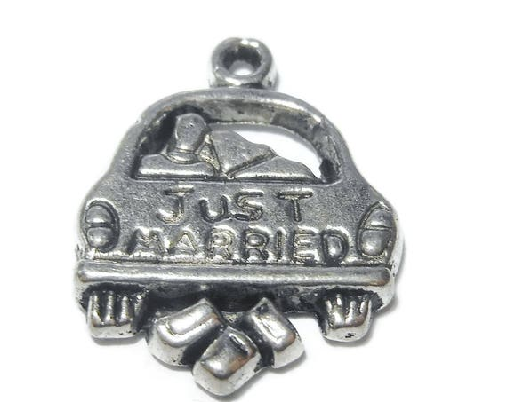 "Just married charm, antiqued silver, 16x16mm ""JUST MARRIED""car, keychain, wedding cake, bride groom charm, sold per package of two"