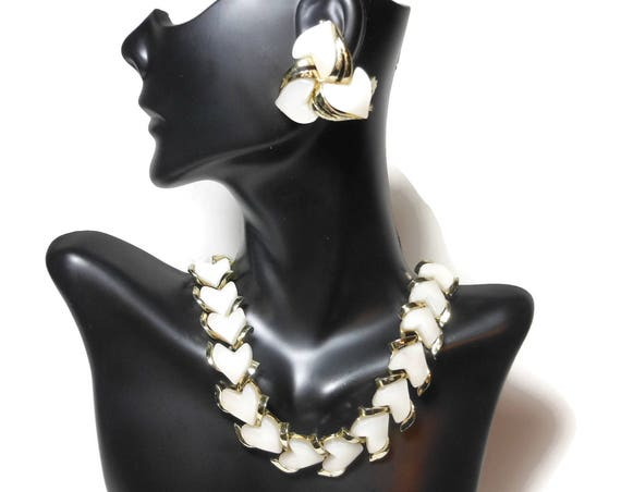 Moonglow heart choker and clip earrings, wedding set, Lisner style white thermoset 1950s necklace and clip earrings, gold tone
