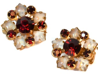 Ruby red scatter pins, red prong set rhinestones and milky art glass cabochons form small flowers, brooch 1950's, Juliana style construction