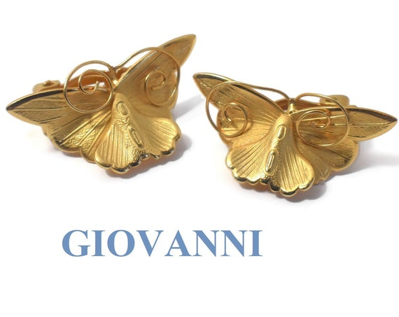 Giovanni clip earrings, signed Giovanni, gold curved butterfly earrings, wonderful details, wire tentacles