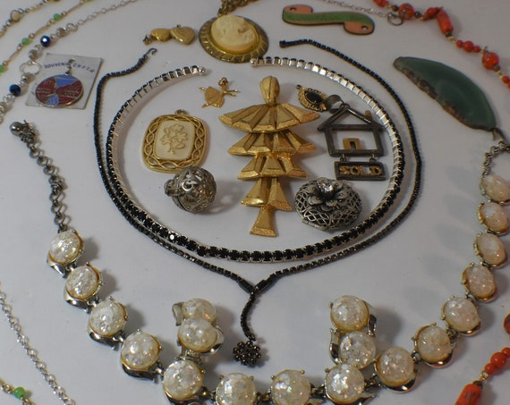 Lot of necklaces pendants, all wearable, some have rubbing, I have overload and not enough time to list all individually