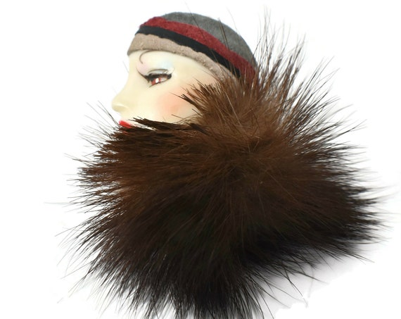 Hand-painted ceramic 1920s flapper brooch, lady face brooch with suede cloche hat and mink fur collar, Art Deco