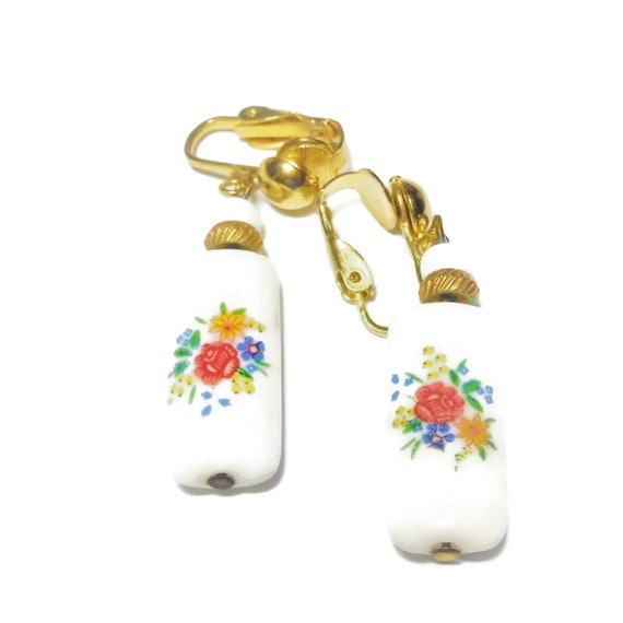 Floral porcelain earrings, roses daisy flower, clip earrings, gold tone tubular