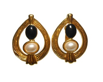 Avon gold teardrop earrings, open work braided gold with faux half pearl and black cabochon insets, clip earrings