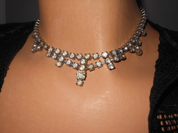 1930s 1940s Clear rhinestone festoon style choker prong set