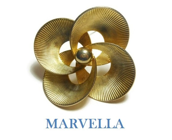 Marvella 1940s gold brooch, abstract floral pin with textured striated curves and single ball center, large statement brooch