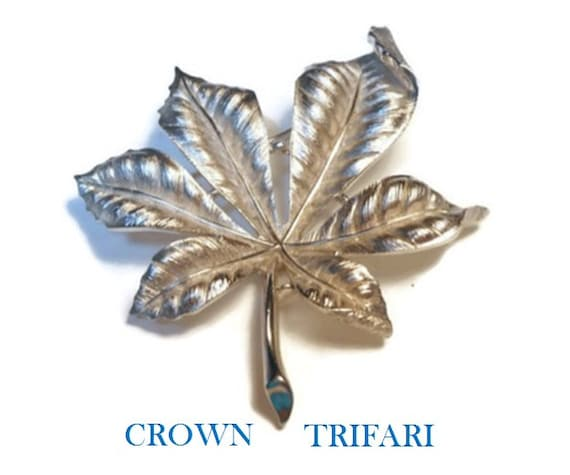 Crown Trifari brooch, large silver leaf brooch 3d beautifully veined, beautifully detailed statement piece.