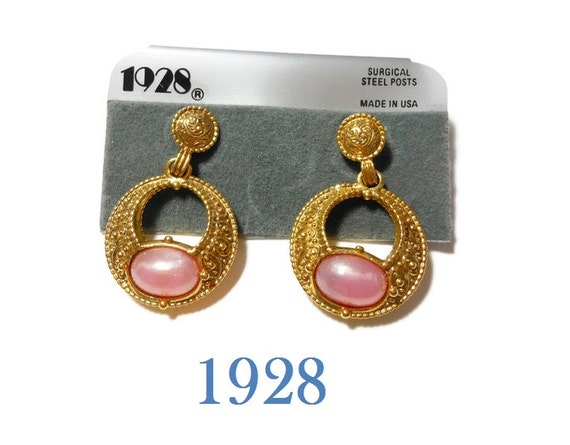 1928 pink earrings, hoop dangle earrings, faux pearl opalescence cabochon, gold pierced earrings, new old stock (NOS) on card