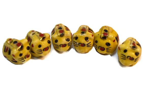 Porcelain cat beads, 6 piece lot, yellow beads with black and red decorations on side, ceramic small beads, Kawaii cat kitty kitten beads