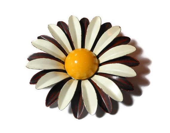 Large daisy brooch pin, mod 1960s white and brown enamel flower floral brooch with yellow textured center, groovy baby!