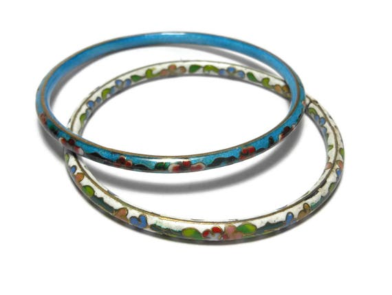 Cloisonne bangle bracelets, set of two, white and blue bangles, floral pattern, gold edging, enamel finish, Chinese export