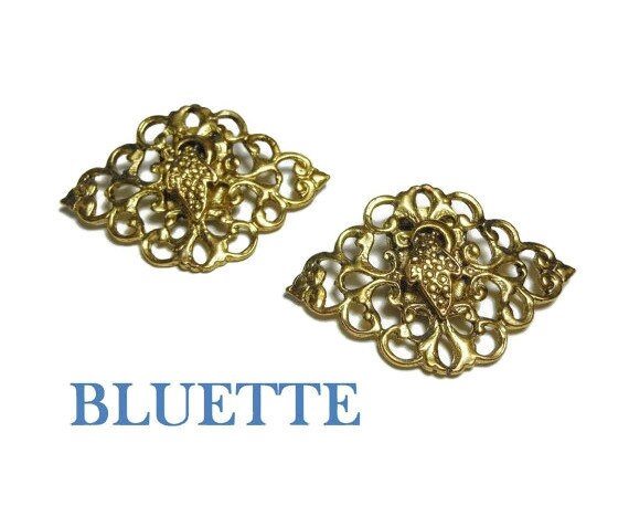 Bluette Shoe Clips, ShoeClip, gold filigree open work, made in France, sweater or dress clip 1980s, new old stock on card, wedding shoes!