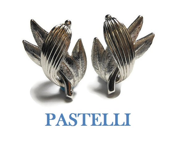 Pastelli clip earrings, signed Pastelli, silver leaves clip earrings, Pastelli was a line for Royal of Pittsburgh
