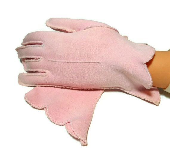 Pink gloves, scalloped slanted edges, wrist length, size 6 1/2 or 7, decorative seam down the front