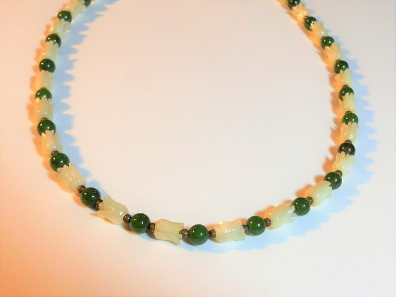 white mother of pearl jade ball beads gold spacer beads MOP tulips Jade choker necklace