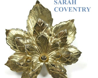Sarah Coventry leaf brooch, three-dimensional openwork finely detailed leaf brooch, large brooch pin, gold-tone