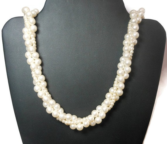 White torsade necklace, 1960s white three strand faux pearl, twisted necklace, wedding white, bride ready.