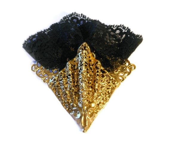 Spanish sconce fan brooch 1980s, black lace gold sconce brooch or pocket handkerchief pin