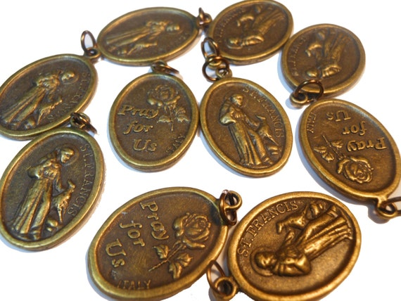5 Saint Francis medals with pet Pray for Us in bronze with jump rings