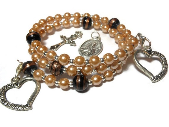 Rosary lampwork bracelet five decade, light gold glass pearls, lampwork Our Fathers, silver plated, Interchangeable charms