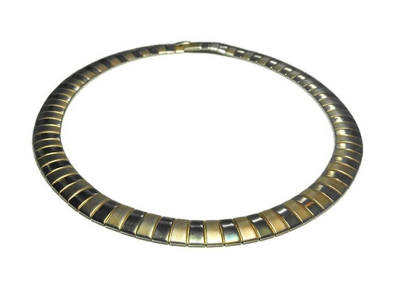 Gold link choker necklace, alternating brushed gold and shingy gold plated links