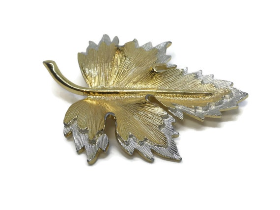 Sarah Coventry leaf brooch, two tone leaf, gold silver textured, leaf with stem, large brooch