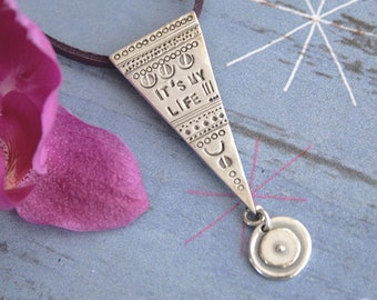 Silver pendant wit inspirational text. It is my life - pendant.