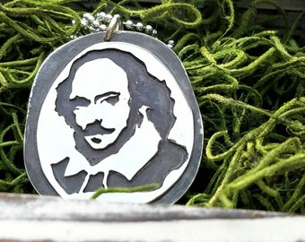 William Shakespeare Pendant, Shakespeare Necklace. A great gift for teachers, professors, literature buffs & English majors